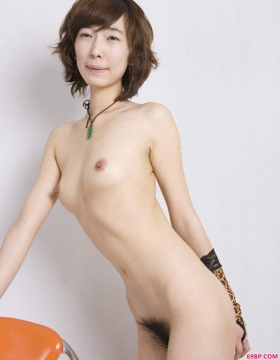 裸模灵莉棚拍靓丽人体3