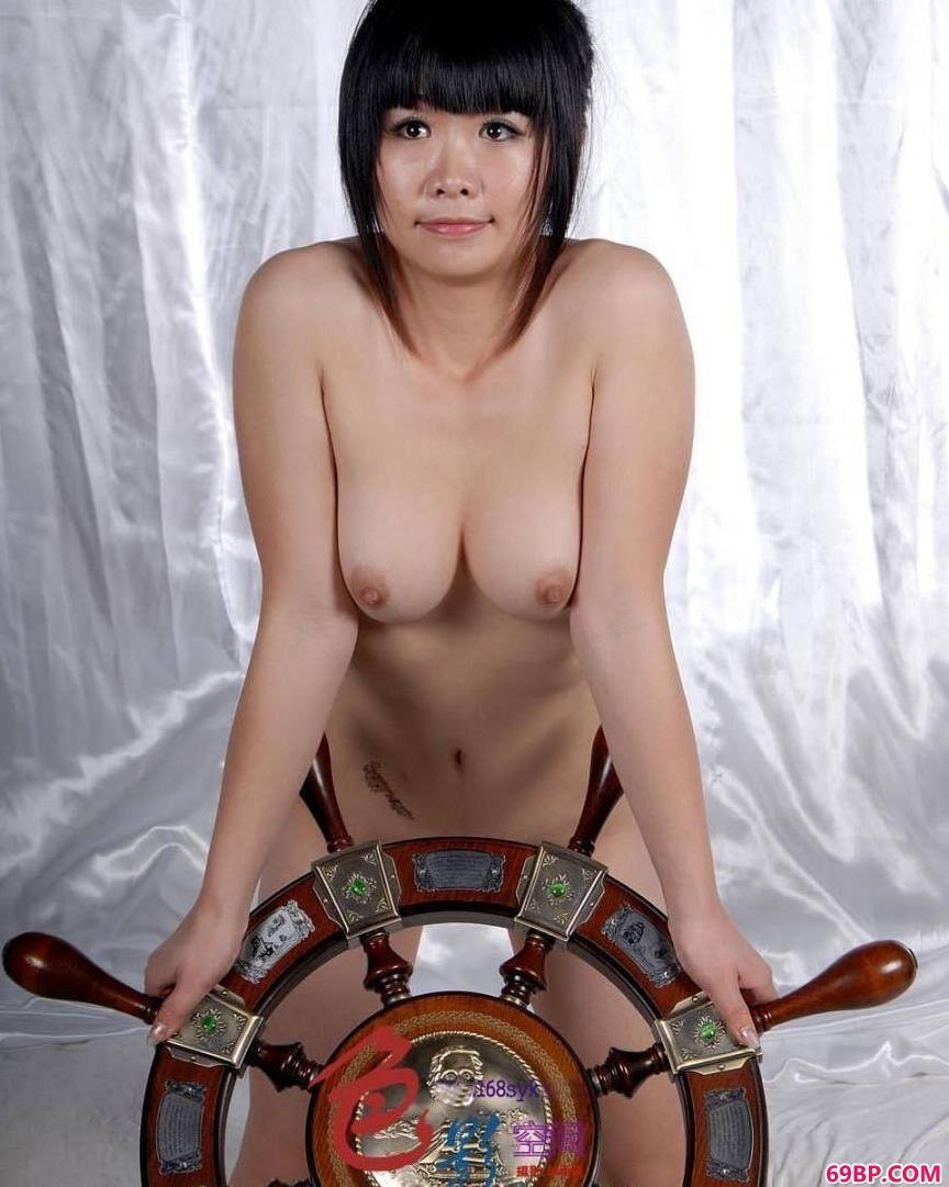 美人人体舵手超模晶晶