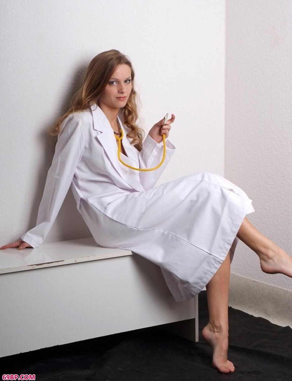 名模玛莎Masha棚拍医生造型美体
