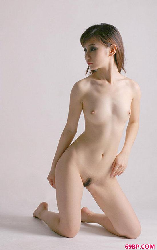 最整洁最白皙最好的亚洲美人人体艺术图